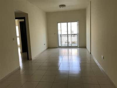 شقة 2 غرفة نوم للبيع في المدينة العالمية، دبي - 2BHK للبيع في مدينة CBD الدولية مع BALCONY