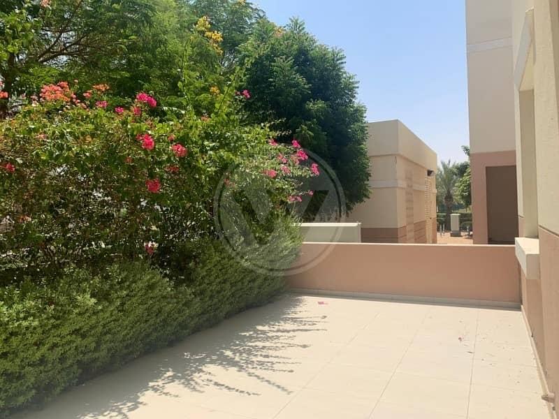 2 Spacious home|Terrace with garden view