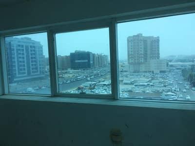 مکتب  للايجار في القصيص، دبي - مکتب في القصيص الصناعية القصيص 65000 درهم - 4147458