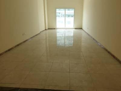 شقة 1 غرفة نوم للايجار في محيصنة، دبي - شقة في محيصنة 4 محيصنة 1 غرف 36000 درهم - 4148102