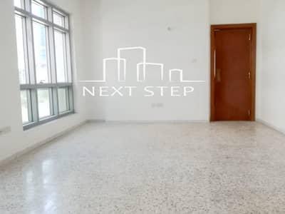 شقة 3 غرفة نوم للايجار في الخالدية، أبوظبي - شقة في الخالدية 3 غرف 90000 درهم - 4148472