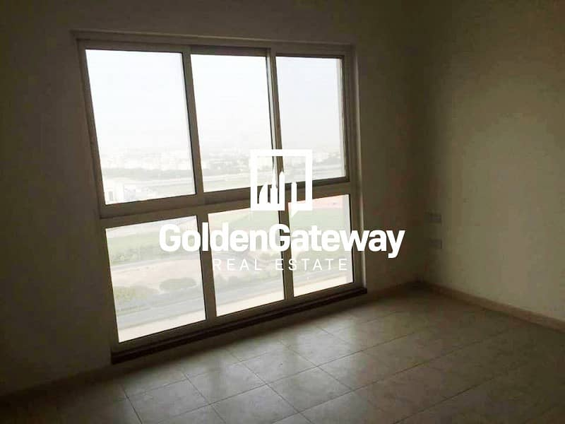 Canal View Bright  Lay out  1 Bedroom Apartment
