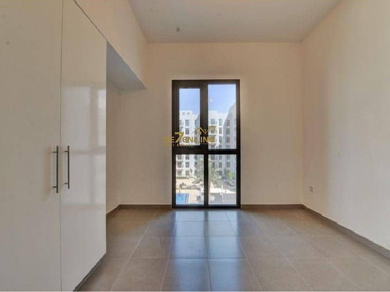18 Unfurnished 2 Bed with Courtyard & Pool View