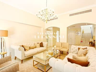 5 Bedroom Villa for Rent in The Meadows, Dubai - Quiet and clean villa ready to move in