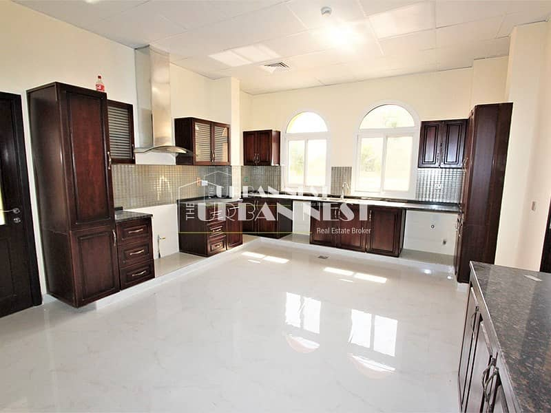 2 Brand new villa with basement and garage