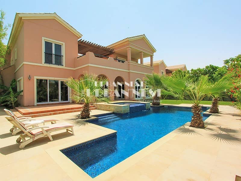 Vast spanish villa with pool and jacuzzi