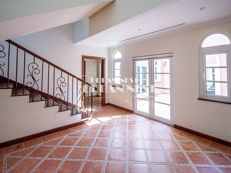 Best deal and location for Valencia Villa