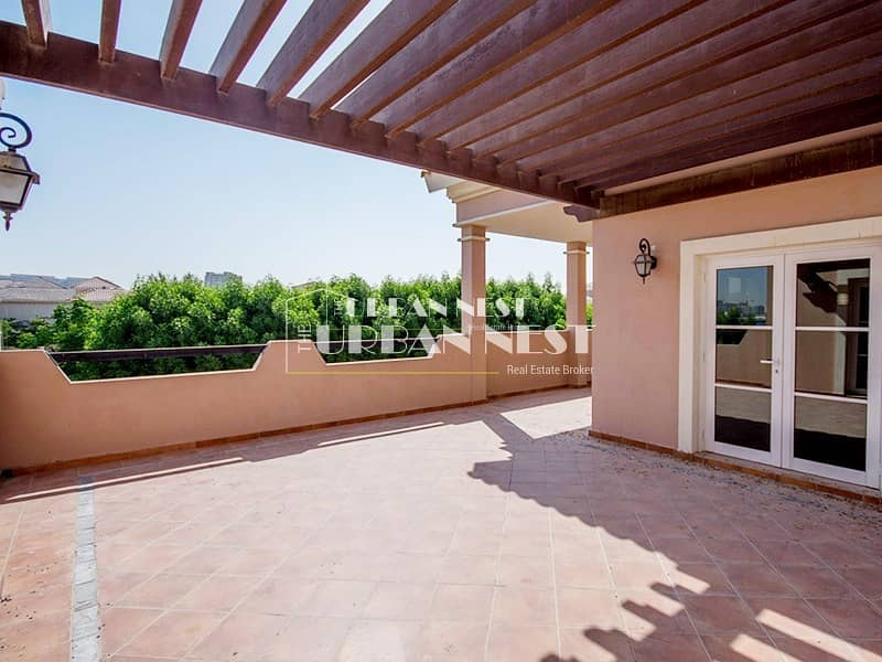 15 Best deal and location for Valencia Villa