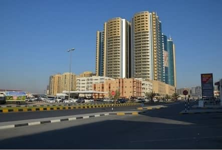 2 Bhk With 2 Balconys and Parking 1808 SqFt Available For Sale Horizon Tower 400000