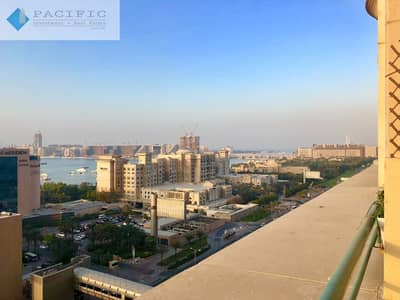 1 Bedroom Flat for Rent in Dubai Marina, Dubai - Beautiful 1BR | Guest Bath | Balcony | Sea Views