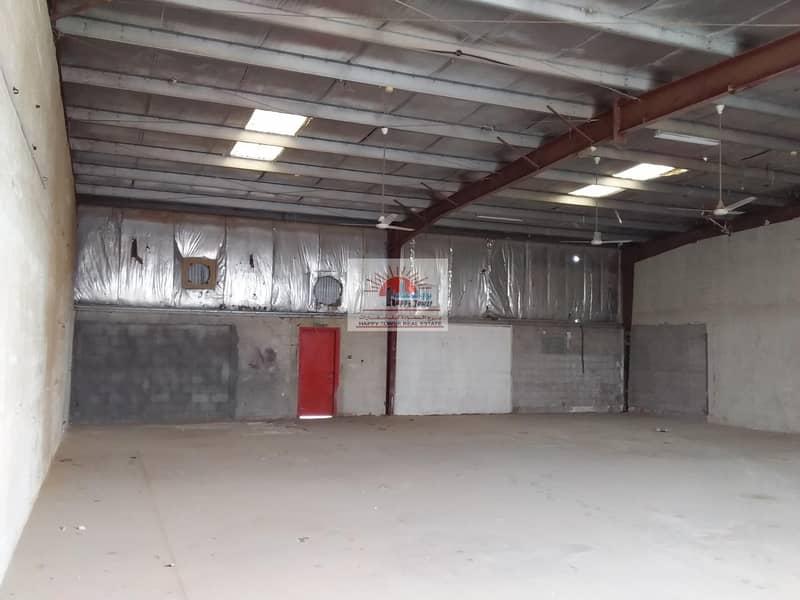 10 200 Insulated Warehouse in Ras Al Khor (Al Aweer)