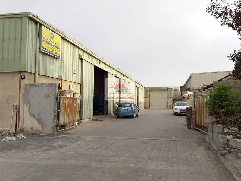 2 200 Insulated Warehouse in Ras Al Khor (Al Aweer)