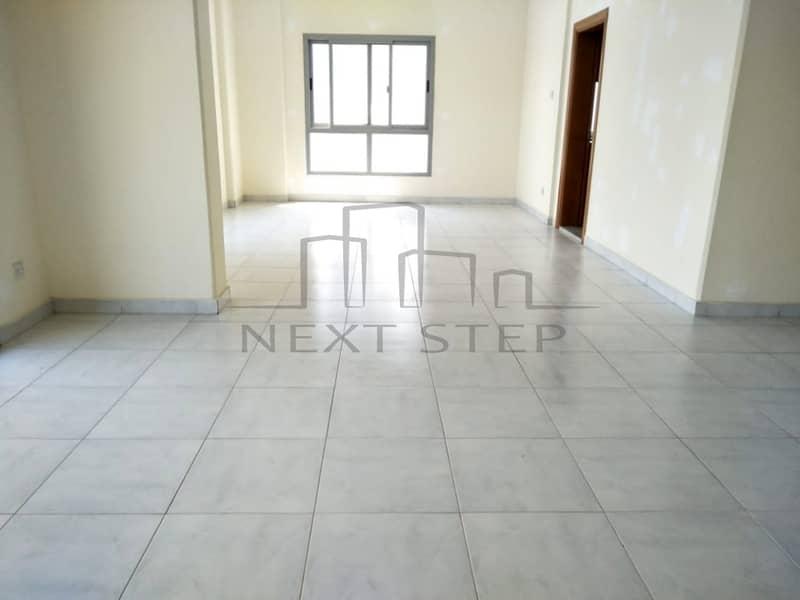 شقة في منطقة النادي السياحي 3 غرف 90000 درهم - 4151119