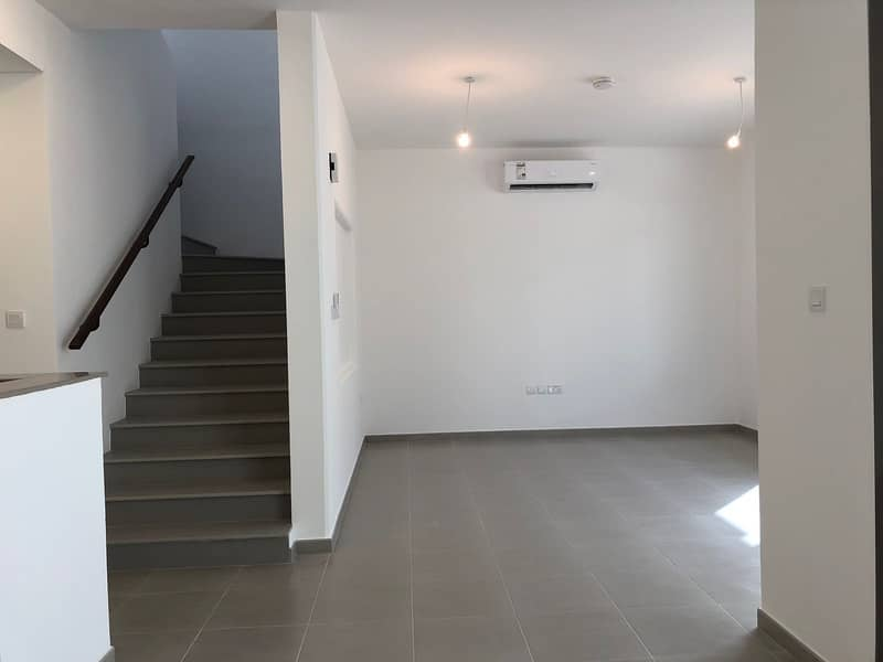 Three Bedroom Townhouse For Sale in Town Square