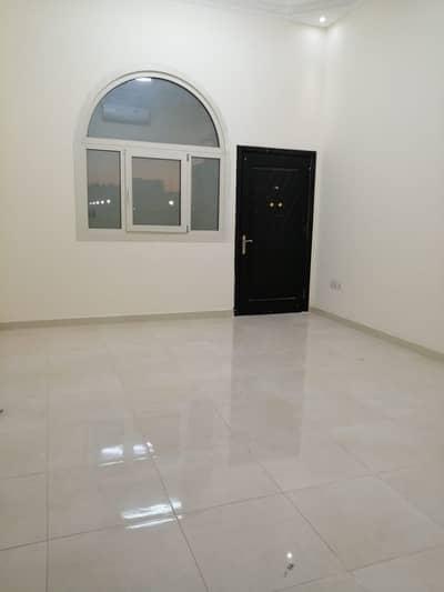 شقة في المنطقة 24 مدينة محمد بن زايد 1 غرف 37000 درهم - 4151330