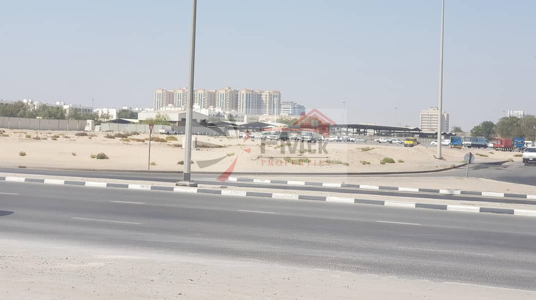 Large Size Commercial Plot for Rent | 30