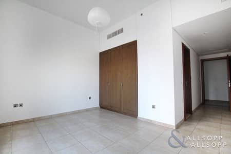 2 Bedroom Apartment for Sale in Palm Jumeirah, Dubai - Two Bedroom | Balcony | Vacant on Transfer