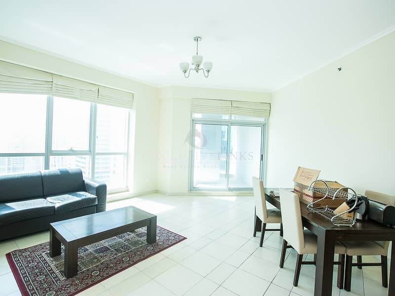2 Large 2 bed flat with sublime views of the Marina