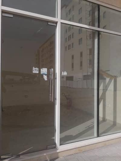 محل تجاري  للايجار في مويلح، الشارقة - محل تجاري في مويلح 10000 درهم - 4153130