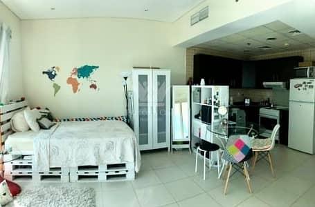 Studio for Rent in Dubai Marina, Dubai - Fully Furnished Studio   Sea View Balcony