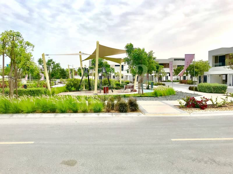 12 Breathtaking!! 5br T3C2 Type Villa in West Yas Call us Today.