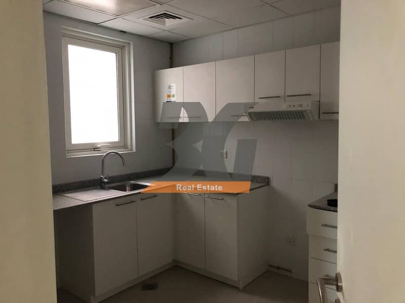 2 Superb new one bed in Al Khail Heights