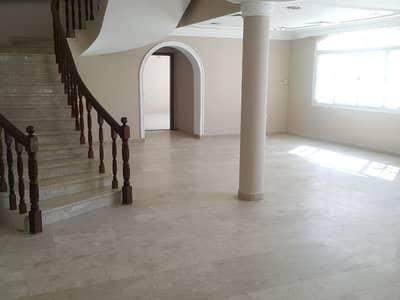 4 Bedroom Villa for Rent in Al Fisht, Sharjah - 4 BHK VILLA/ALL EN SUITE/NEAR BEACH/LOW RENT !!