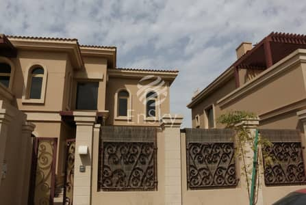 4 Bedroom Villa for Sale in Al Raha Golf Gardens, Abu Dhabi - Beautiful Villa with a Private Pool