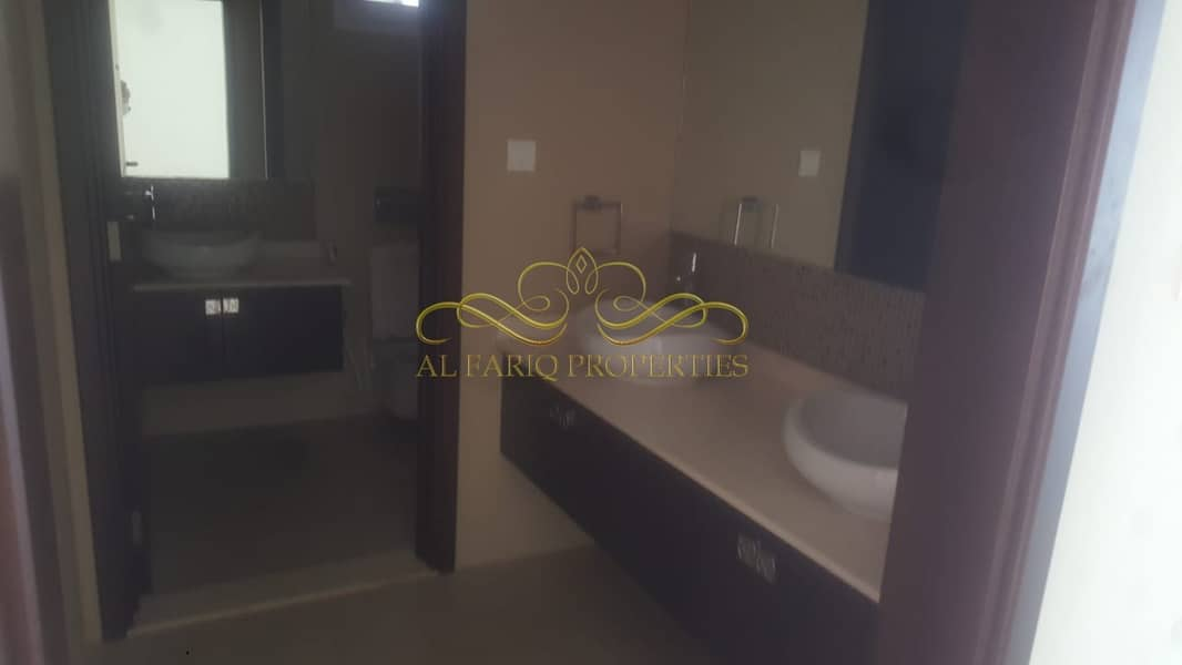 2 4 Bedroom Peaceful Villa available for Rent in