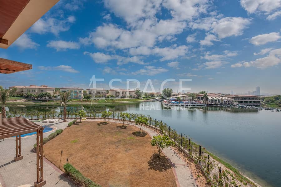 13 Best Lake View and Largest Plot Jumeirah Islands Mansion