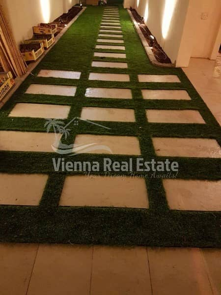 2 Single row Fully modified villa with extended garden