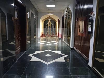 فلیٹ 4 غرفة نوم للايجار في شارع إلكترا، أبوظبي - Spacious 4 Bedroom Apartment with Balcony in Electra Street