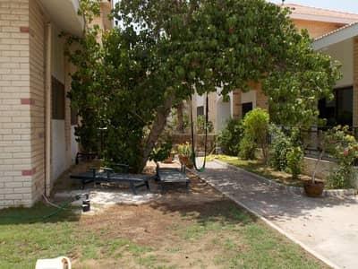فیلا 5 غرفة نوم للايجار في الصفا، دبي - Five bedroom compound villa in Al safa 2