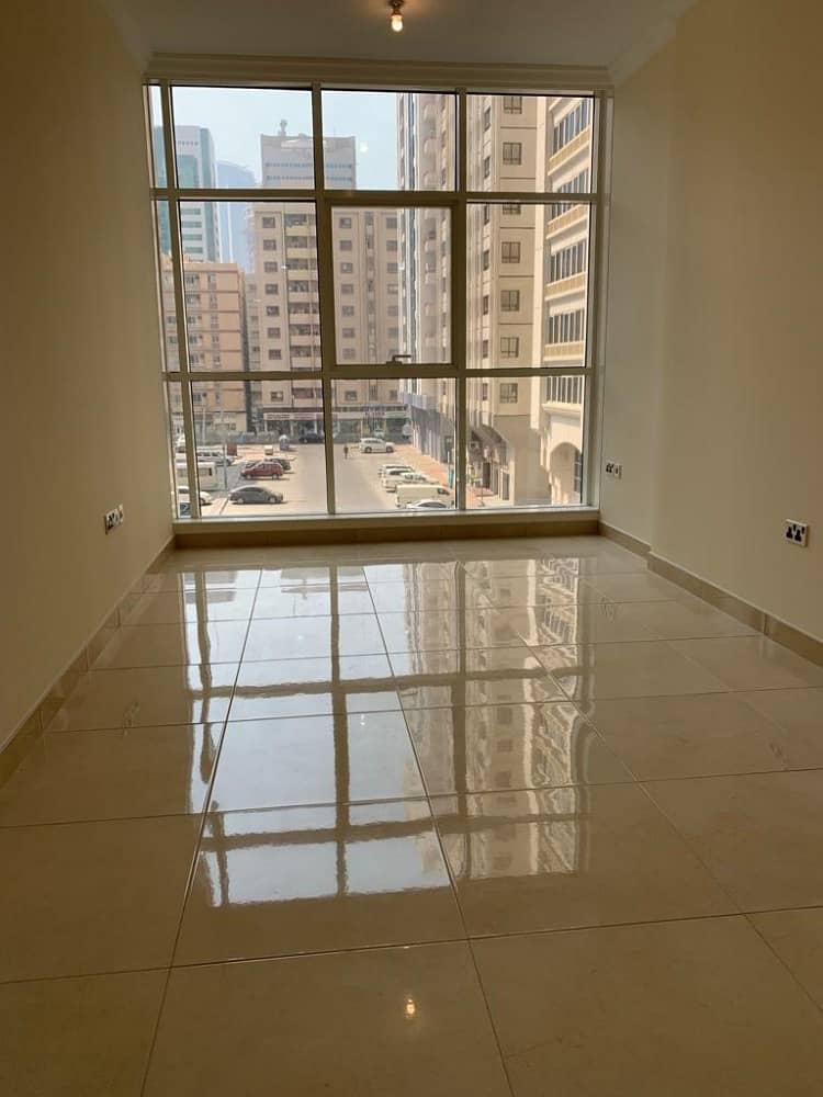 شقة في منطقة النادي السياحي 1 غرف 45000 درهم - 4156792