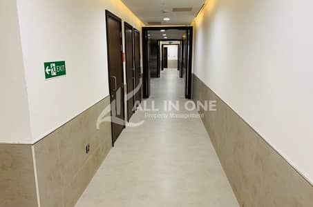 Attractive Place and Brand New 4BHK in Corniche @ AED 210000