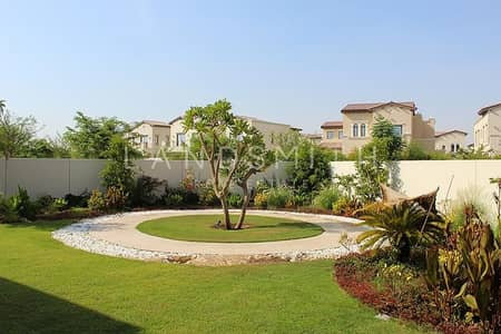 6 Bedroom Villa for Rent in Arabian Ranches 2, Dubai - Beautiful Park View Landscaped 6 BR Yasmin Villa