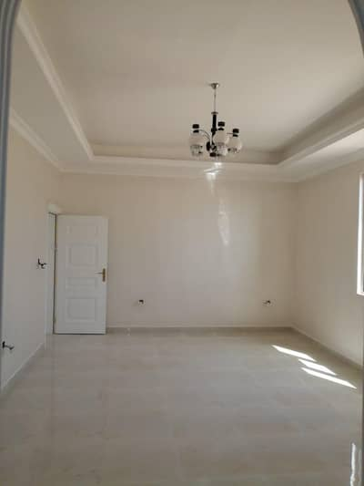 5 Bedroom Villa for Sale in Hoshi, Sharjah - New Villa for Sale with electricity and AC
