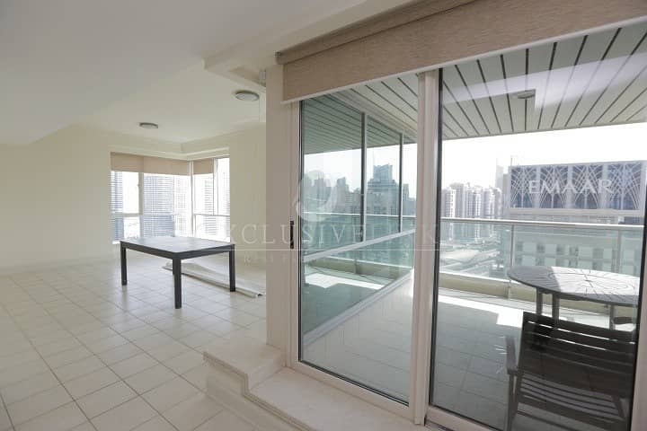2 Beautiful high floor apartment with fantastic view