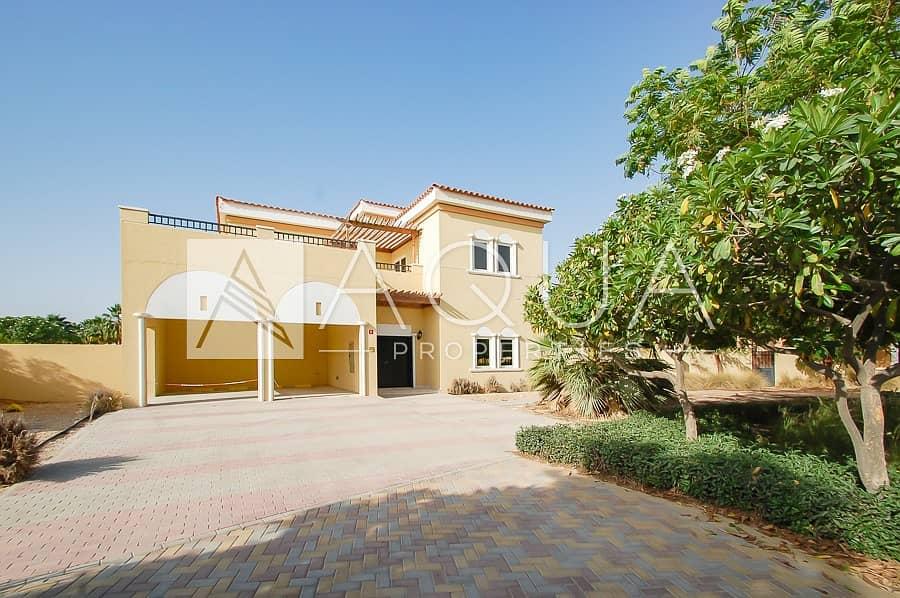 18 6 BR Mazaya C2 Villa with Pool and Garden