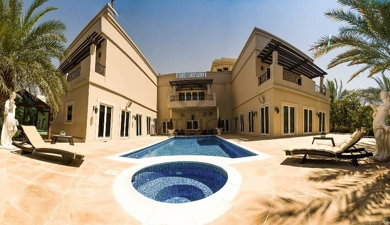 2 Spacious Excellent 5 Bedrooms + Study Luxurious Villa