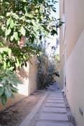 14 Enjoy the family life in Raha Gardens!