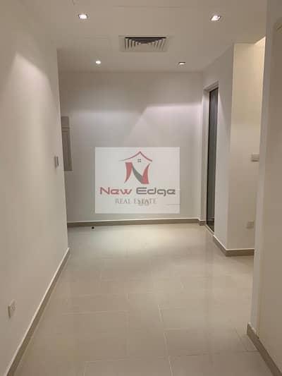 تاون هاوس 4 غرفة نوم للايجار في حدائق الراحة، أبوظبي - Luxurious 4 BR TH w/ Garden and Facilities