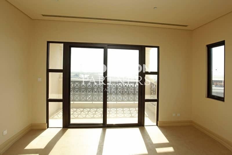 2 Sea View  Three Bedroom Luxury Apartment