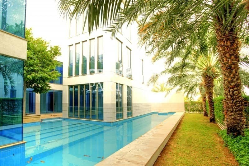 Modern Villa with Private Pool and Garden