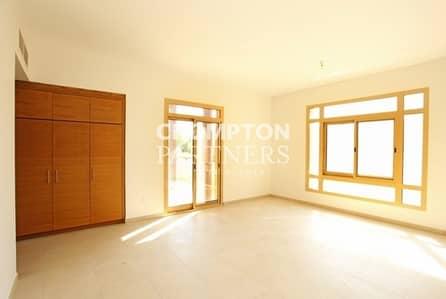 فیلا 6 غرفة نوم للايجار في حدائق الجولف في الراحة، أبوظبي - Luxurious Villa with Private Pool | Beautiful Garden