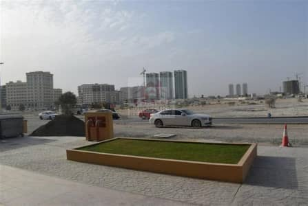 محل تجاري  للبيع في أرجان، دبي - Shell and Core Shop in Dubai Business Center 2 - Arjan