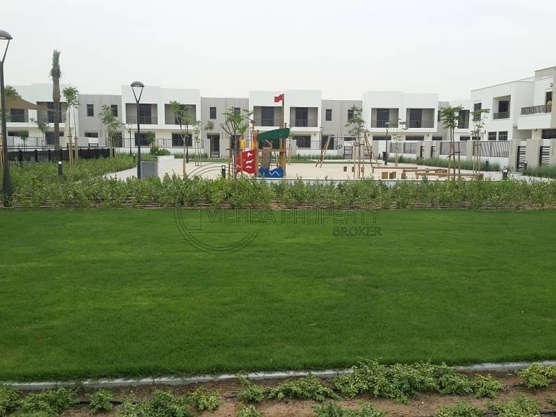 2 Single Row|Landscape|Near to pool| 3 + maid