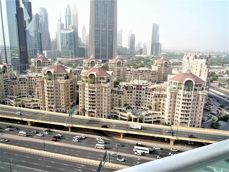 10 furnished apt / High Floor / DIFC View.