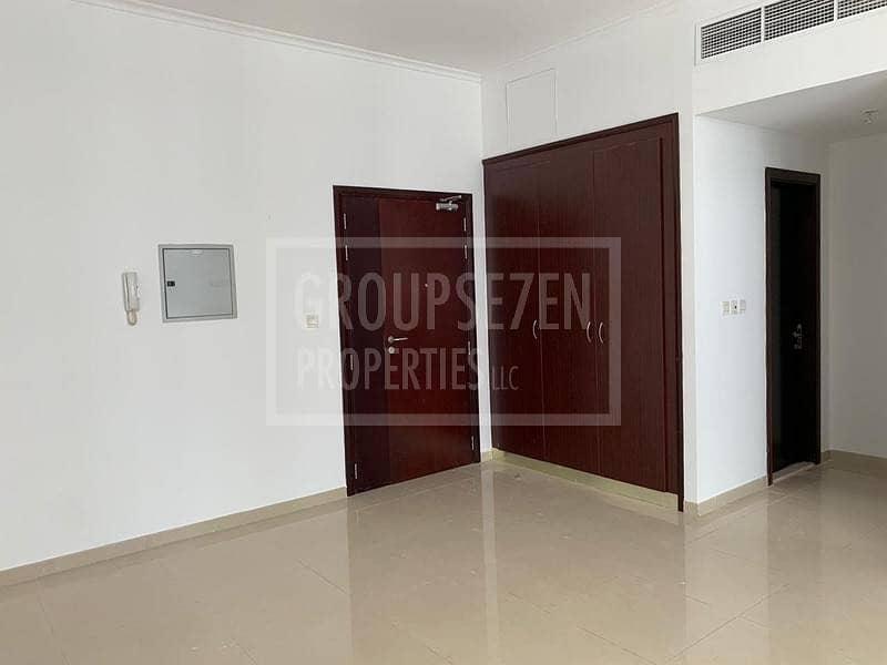 2 Studio Apartment in Marina DEC Tower for Rent