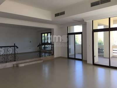 5 Bedroom Villa for Rent in Al Maqtaa, Abu Dhabi - Park and water views  4 covered parking spaces